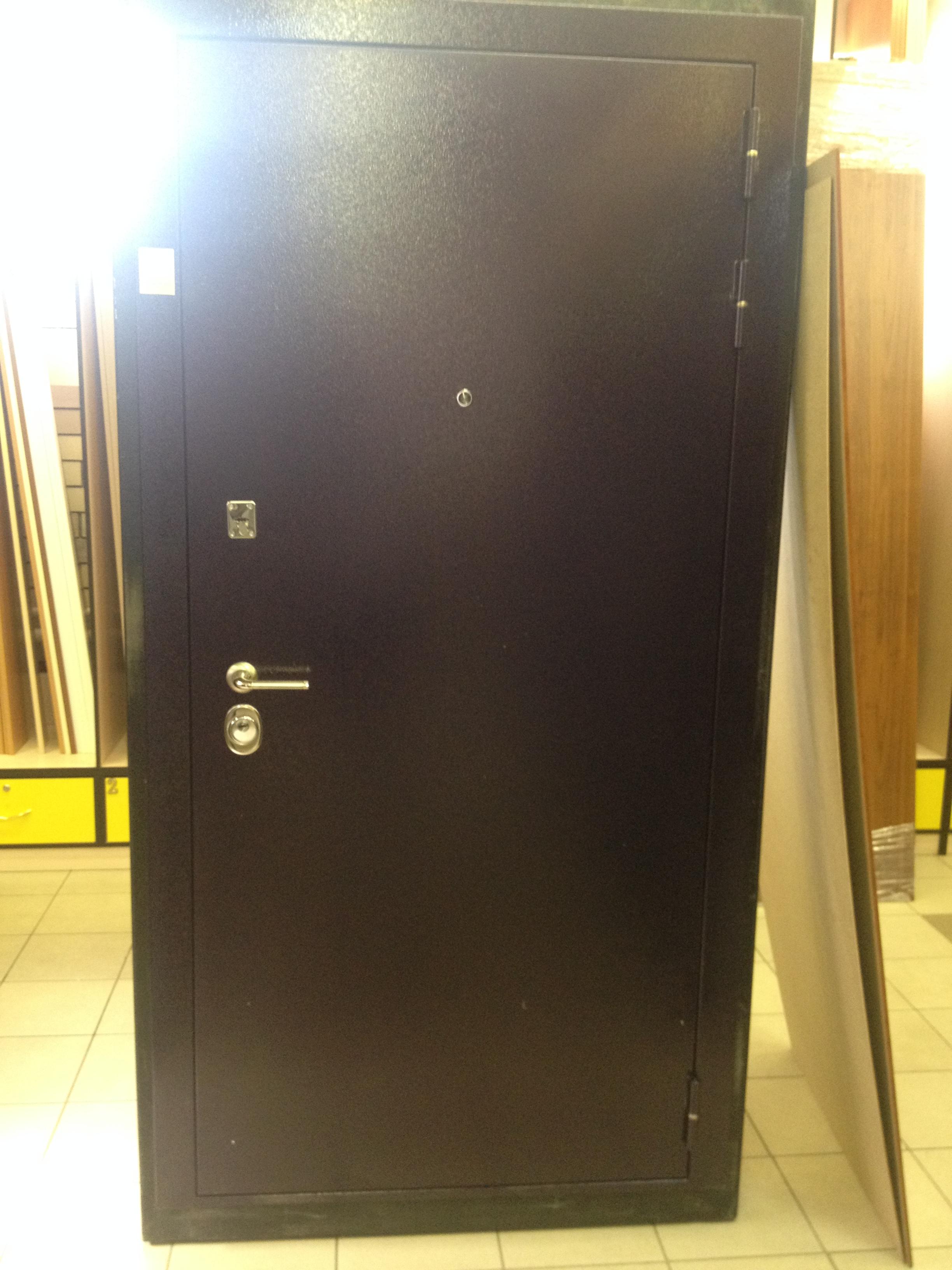 'Дверь метал. МОЛЕКУЛА  0,86х2,05 правая(витрина)