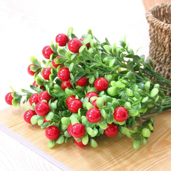 Букет ягод красных