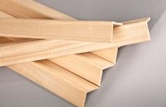 Уголок деревянный 60х60х3000 мм гладкий